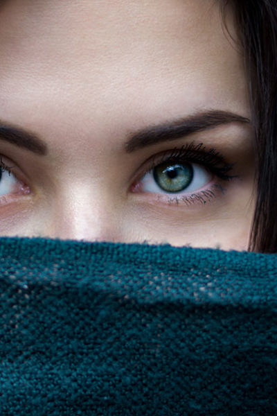 How to Shape Your Eyebrows - Wax & Tweeze Guide - Green Eyed Grace