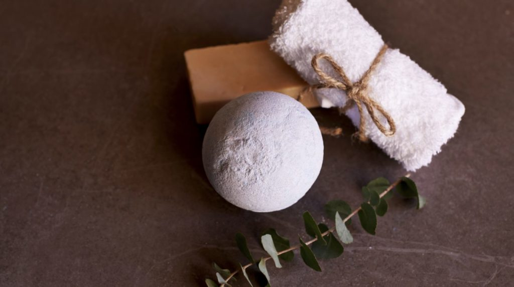 Bath Bomb Truffles - DIY Recipe - Green Eyed Grace