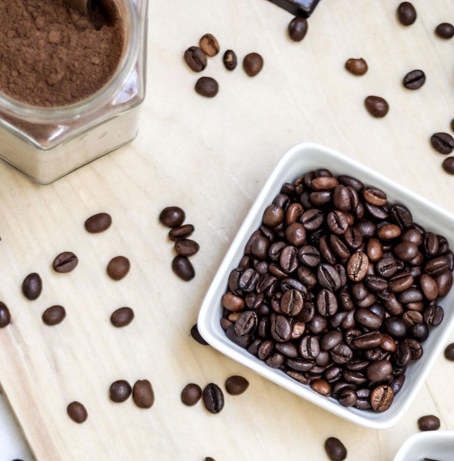 How To Make A Coffee Facial Serum And Eye Cream